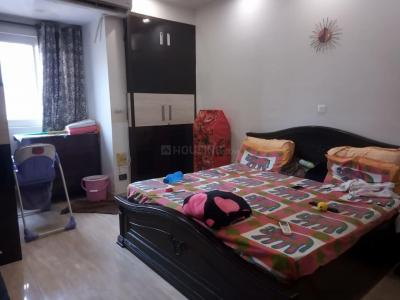 Gallery Cover Image of 1500 Sq.ft 3 BHK Apartment for rent in The New Priyadarshani Appartment, Sector 5 Dwarka for 22000