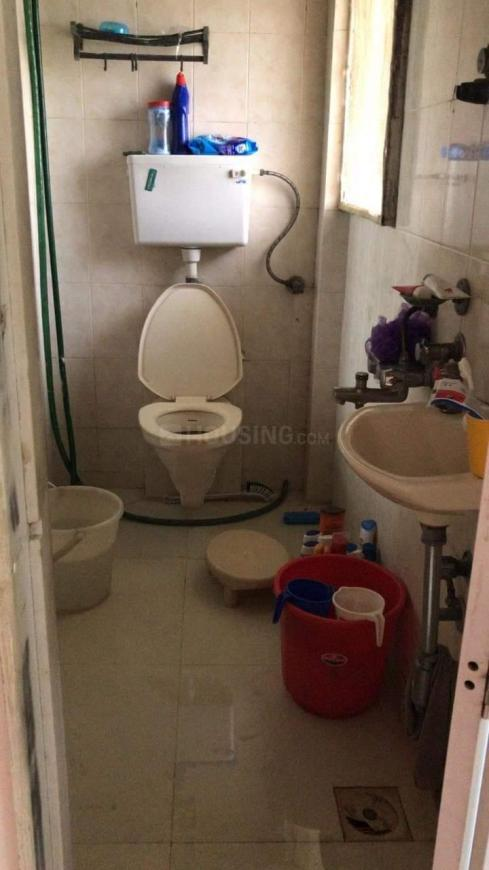 Bathroom Image of 1150 Sq.ft 2 BHK Apartment for rent in Andheri West for 51000
