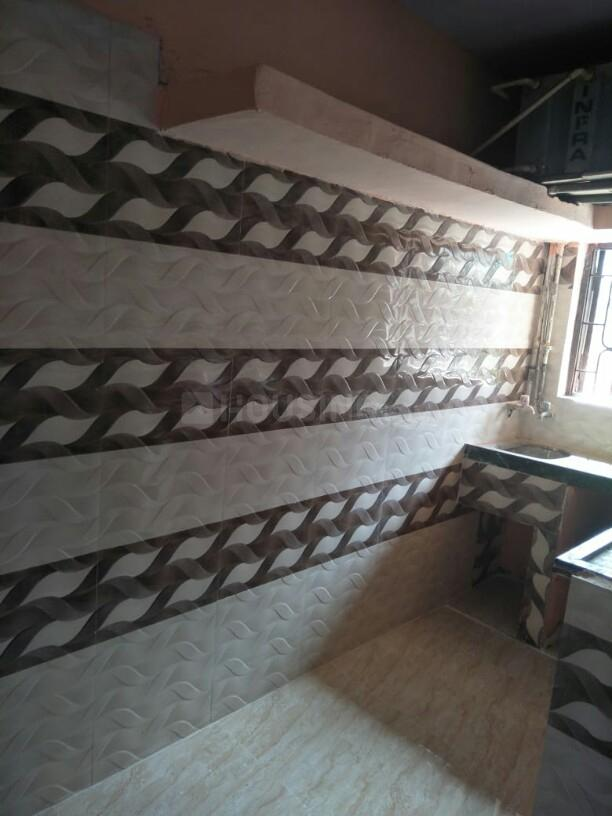 Kitchen Image of 550 Sq.ft 1 BHK Apartment for rent in Kalyan East for 9000