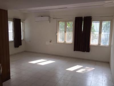 Gallery Cover Image of 5000 Sq.ft 4 BHK Independent House for rent in Satellite for 85000