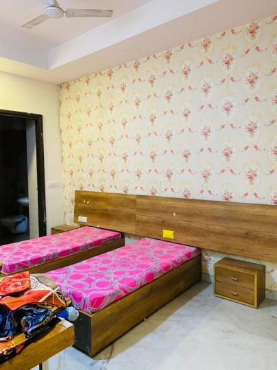 सेक्टर 15 में मन्नत पीजी के बेडरूम की तस्वीर