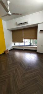 Gallery Cover Image of 700 Sq.ft 2 BHK Apartment for buy in Santacruz West for 30000000