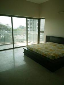 Gallery Cover Image of 1313 Sq.ft 3 BHK Apartment for rent in Nahar Yarrow Yucca Vinca, Powai for 75000