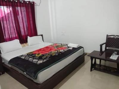 Gallery Cover Image of 2750 Sq.ft 3 BHK Apartment for buy in Tilak Nagar for 19800000