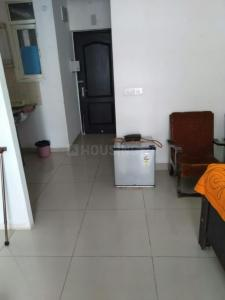 Gallery Cover Image of 600 Sq.ft 1 BHK Apartment for rent in Avj Heightss, Zeta I Greater Noida for 6000