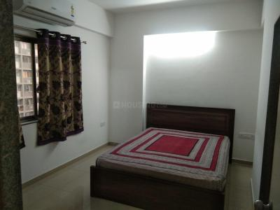 Gallery Cover Image of 725 Sq.ft 1 BHK Apartment for rent in Shela for 18000