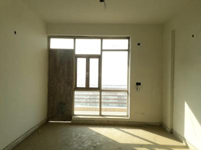 Gallery Cover Image of 1240 Sq.ft 2 BHK Apartment for buy in Sector 76 for 3800000
