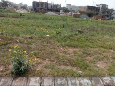 Gallery Cover Image of 265 Sq.ft Residential Plot for buy in M2K County Heights, Sector-5 for 5830000