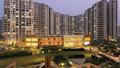 Gallery Cover Image of 1400 Sq.ft 3 BHK Apartment for buy in Kalpataru Aura, Ghatkopar West for 29500000