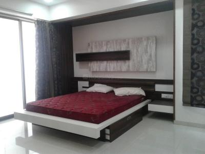 Gallery Cover Image of 2350 Sq.ft 4 BHK Apartment for rent in Makarba for 80000