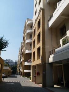 Gallery Cover Image of 625 Sq.ft 1 BHK Apartment for buy in Raojee Palladium Homes, Dhanori for 3700000