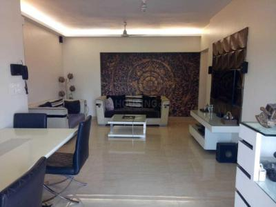 Gallery Cover Image of 1800 Sq.ft 2 BHK Apartment for rent in Andheri West for 82000