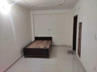 Gallery Cover Image of 320 Sq.ft 1 RK Independent Floor for rent in Madanpur Khadar for 5500