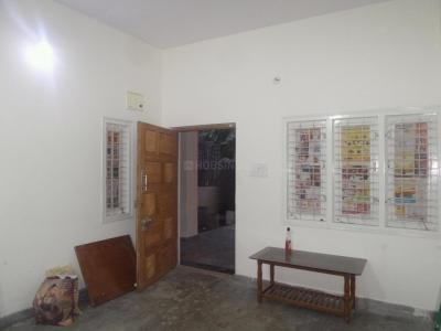 Gallery Cover Image of 800 Sq.ft 2 BHK Apartment for rent in J. P. Nagar for 20000