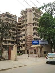 Gallery Cover Image of 1665 Sq.ft 3 BHK Apartment for buy in Paarth Apartment, Sector 56 for 13000000