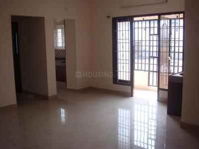 Gallery Cover Image of 1212 Sq.ft 3 BHK Apartment for rent in Medavakkam for 16000