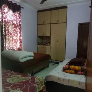 Bedroom Image of Jagtar PG in Moti Nagar