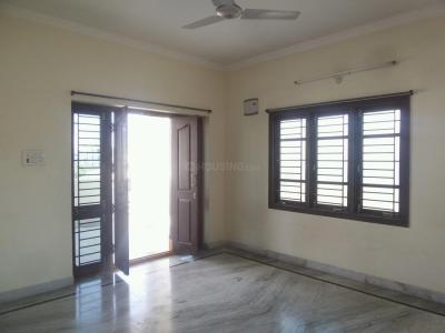 Gallery Cover Image of 1050 Sq.ft 2 BHK Apartment for rent in Kothapet for 8500