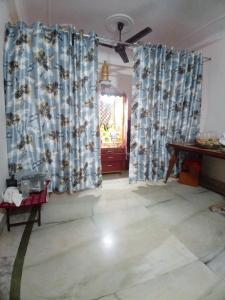 Gallery Cover Image of 735 Sq.ft 2 BHK Independent Floor for buy in Chhattarpur for 3500000