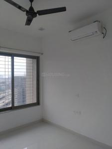 Gallery Cover Image of 1050 Sq.ft 2 BHK Apartment for rent in Ghatkopar East for 48000