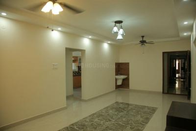 Gallery Cover Image of 1427 Sq.ft 3 BHK Apartment for rent in Kovilambakkam for 19000