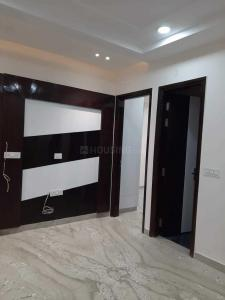 Gallery Cover Image of 680 Sq.ft 2 BHK Independent Floor for buy in Sector 17 Rohini for 5500000