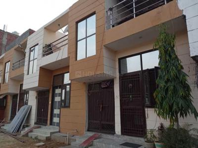 Gallery Cover Image of 750 Sq.ft 3 BHK Villa for buy in Chhapraula for 2550000