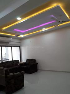 Gallery Cover Image of 2000 Sq.ft 3 BHK Apartment for rent in Thaltej for 40000