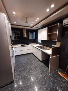 Gallery Cover Image of 2200 Sq.ft 3 BHK Independent Floor for rent in Jor Bagh for 250000