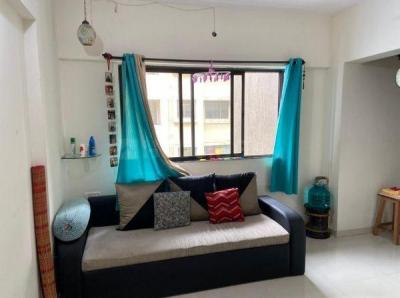Gallery Cover Image of 600 Sq.ft 1 BHK Apartment for rent in Unique Vedic Heights, Kandivali East for 19000