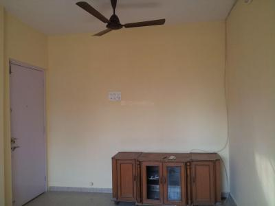 Gallery Cover Image of 738 Sq.ft 2 BHK Apartment for rent in Thane West for 17500