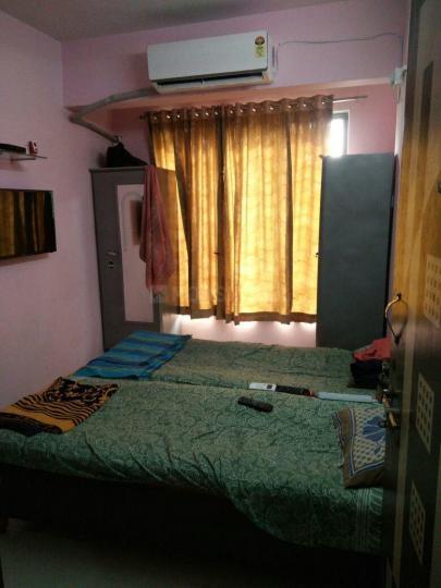 कटारिया होम पीजी इन सेक्टर 5 के बेडरूम की तस्वीर