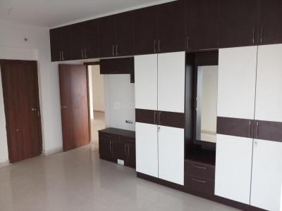 Gallery Cover Image of 1750 Sq.ft 3 BHK Apartment for rent in Vadapalani for 35000