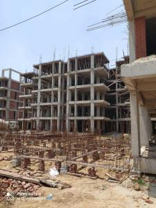 Gallery Cover Image of 1000 Sq.ft 1 BHK Apartment for buy in Pyramid Altia, Sector 70A for 1400000