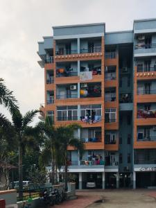 Gallery Cover Image of 1100 Sq.ft 2 BHK Apartment for rent in Raksha for 12000