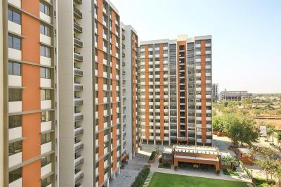 Gallery Cover Image of 1440 Sq.ft 3 BHK Apartment for rent in Bopal for 16000