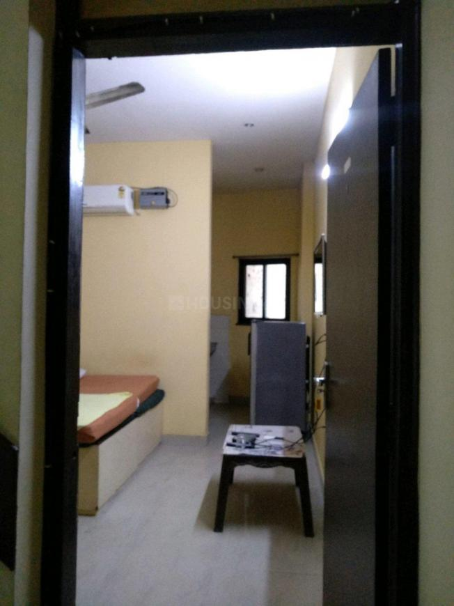 Main Entrance Image of 350 Sq.ft 1 RK Independent Floor for rent in Sector 31 for 12000