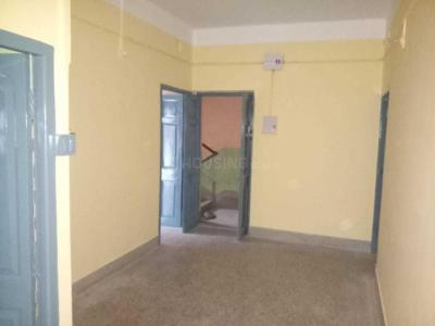 Gallery Cover Image of 1200 Sq.ft 2 BHK Independent Floor for rent in Lake Town for 12500