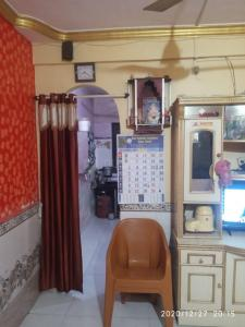 Gallery Cover Image of 320 Sq.ft 1 RK Apartment for buy in Thane East for 725000