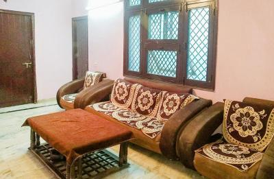 Gallery Cover Image of 1000 Sq.ft 2 BHK Independent House for rent in Niti Khand for 16000