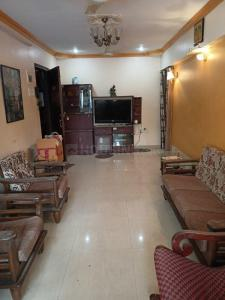 Gallery Cover Image of 750 Sq.ft 2 BHK Apartment for rent in Miramar, Prabhadevi for 50000