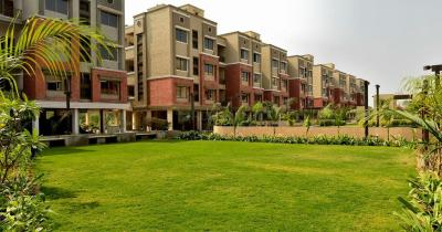 Gallery Cover Image of 998 Sq.ft 2 BHK Apartment for rent in Parshwanath Atlantis Park, Sughad for 13000