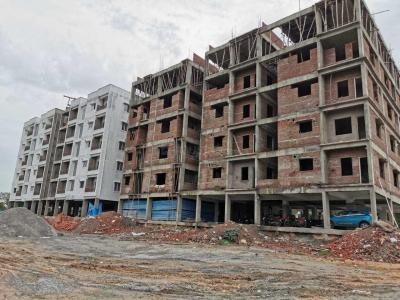 Gallery Cover Image of 1090 Sq.ft 2 BHK Apartment for buy in Shamirpet for 1962000