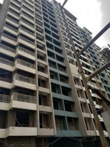 Gallery Cover Image of 615 Sq.ft 2 BHK Apartment for buy in Thane West for 10100000