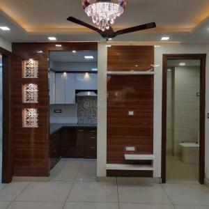 Gallery Cover Image of 1000 Sq.ft 3 BHK Independent Floor for buy in Dwarka Mor for 5500001