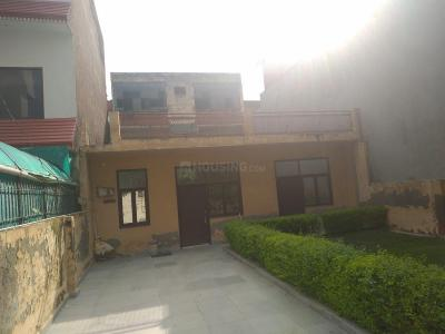 Gallery Cover Image of 2100 Sq.ft 3 BHK Independent House for buy in Sector 53 for 18000000