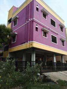 Gallery Cover Image of 752 Sq.ft 2 BHK Apartment for buy in Urapakkam for 2205000