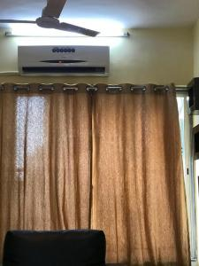 Gallery Cover Image of 1500 Sq.ft 3 BHK Apartment for rent in Salt Lake City for 25000