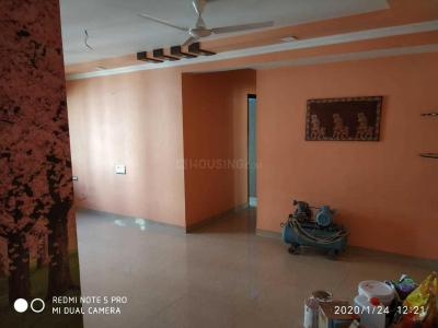 Gallery Cover Image of 750 Sq.ft 2 BHK Apartment for rent in Kandivali West for 40000