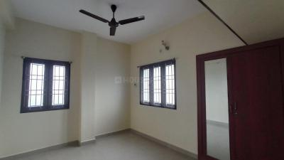 Gallery Cover Image of 1265 Sq.ft 3 BHK Apartment for rent in Chromepet for 23000